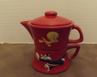 Sylvester & Tweety Single Serve Teapot - Marked