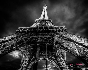 Black and White Eiffel Tower Photograph, Paris, France, Travel and Landscape Photo, Print, Travel,Romance, Wall Art
