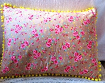 Pretty Floral Print Cushion