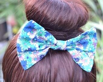 Blue and Green Hair Bow, Floral Hair Bow, Blue Hair Bow, Green Hair Bow, Girls Hair Accessories, Blue Hair Accessories, Hair Bow Clip, Hair