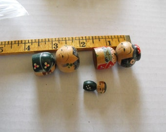 Family of 3 Kokeshi  Bobble Head Dolls
