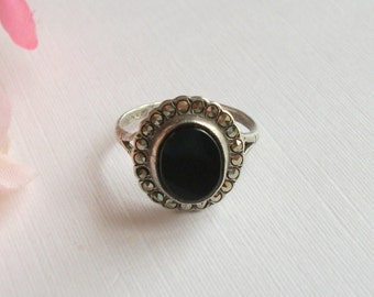 Vintage Marcasite Ring, Black Onyx Ring, Oval Ring, Silver Ring, Vintage Gift