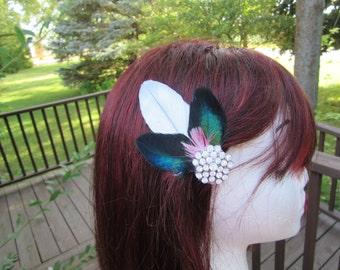 "Wedding Hair Clip, Wedding Hair Accessory, Winter wedding, Bridal Fascinator, Feather Hair Clip, Wedding Bridal Hair, Blue Wedding, ""Demi"""