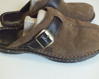 Born handcrafted women mules slip ons size 6 medium flat