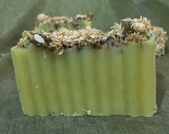 Chrysanthenium Flower & Chamomile Soap