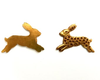5 Pieces Framex Jumping Rabbit/ Bunny with Setting Findings, Vintage, Struck Raw Brass, 26x19mm