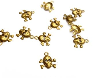 45 Pieces Tiny Skull and Cross Bones Charms, Raw Brass, Halloween, Vintage, 10x9mm