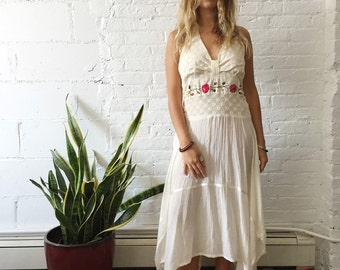 Vintage Floral Embroidered Mexican Halter Boho Flowy Maxi Dress
