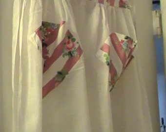 50's White Organdy Hostess Apron