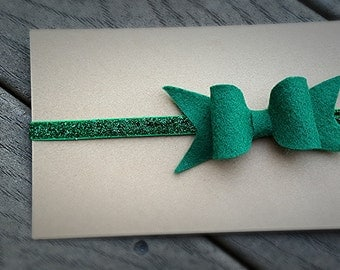 Christmas headband - Green hair bow - green bow headband - green glitter headband - glitter headband - baby hair bow -  toddler hair
