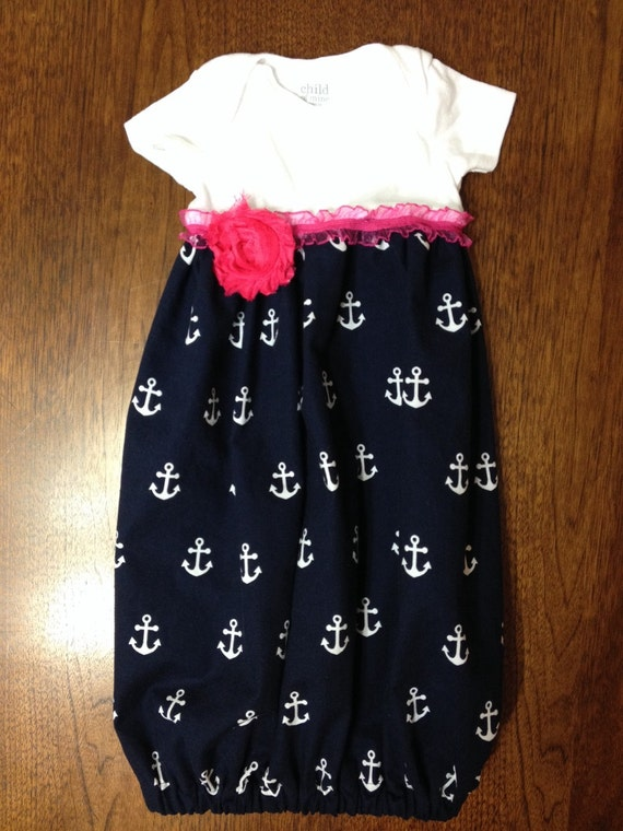 Infant Layette Gown- Navy Anchors