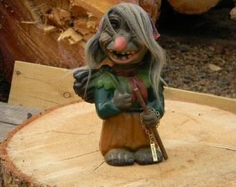 """Heico Troll """"Nodder"""" Old Lady"""