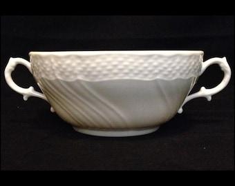 FREE SHIPPING-Richard Ginori-Bianco Vecchio-Italy-White-Basket Weave-Double Handle-Cream Soup-Bowl