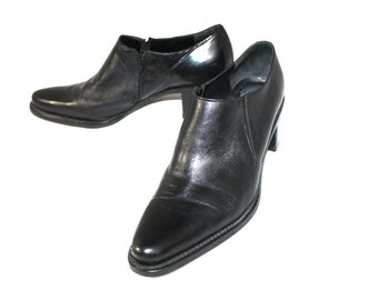 Vintage womens Shoes Leather Franco Sarto Black Leather Healed Pumps Ankle Bootie 8.5 M