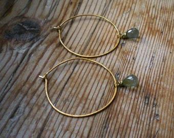Natural Aquamarine jewelry // aquamarine earrings // brass hoops