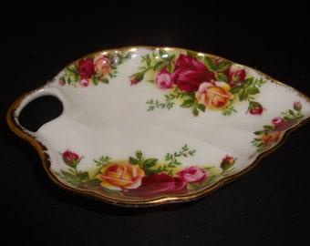 Royal Albert Bone China 'Old Country Roses' Leaf Shaped Dish