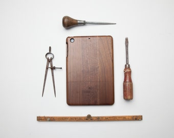 Walnut Wood iPad 2/3/4 Case