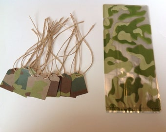 Camouflage favor bag kit