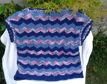 shirt knitted and crochet zigzag size M/L