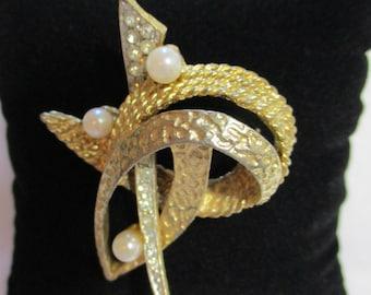 Oleg Cassini 1964 Vintage Gold Toned, Rhinestone, and Pearl Brooch