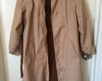 SALE Vintage Trench Coat with removable lining