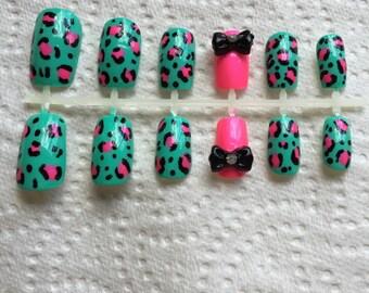 Cheetah / Leopard Print Fake Nail Set