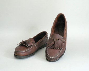 Women 9 Narrow Brown Leather Tassel Loafers