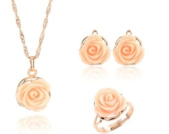 3 piece peach rose necklace earrings and rings