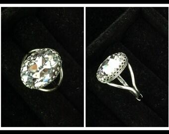 Ring with 18x13 Swarovski chrystal