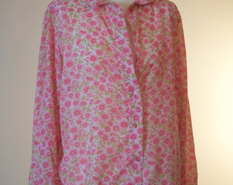 Pretty pink floral 60s ladies blouse