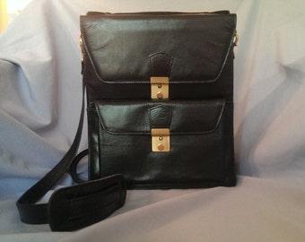 Vintage 1970s Purse in Genuine Italian Leather