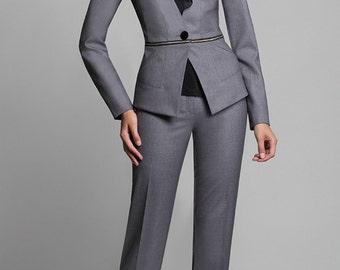 674b Pantsuit 3 subject: jacket, top with removable shirt front pants. Suit fabrics, viscose, chiffon