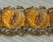 Vintage Bracelet Carved Lucite Jelly Yellow Amber Leaves Gold Tone Lisner Style