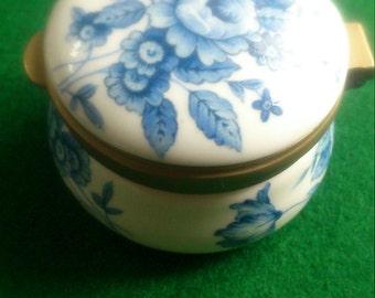 Ayshford Fine Bone China Trinket Box. Staffordshire England. Excellent condition