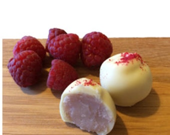 Handmade 'Pretty in Pink' Fresh White Chocolate Raspberry Melts