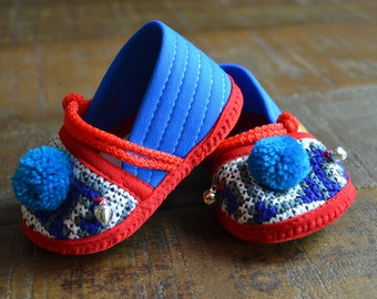 Handcrafted baby shoes , baby slippers , baby booties , crib shoes