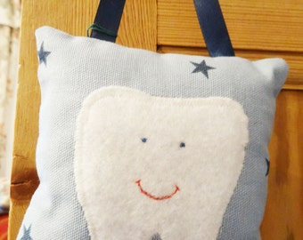 Tooth Fairy Pillow / Tooth Pillow / Tooth Cushion (Hanging pillow for children - perfect for the tooth fairy)