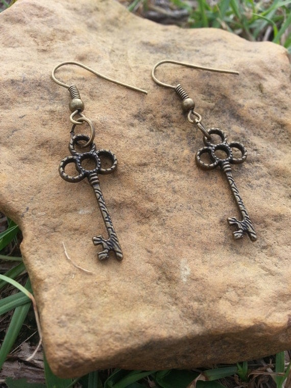 Woodland Dangle Key Earring