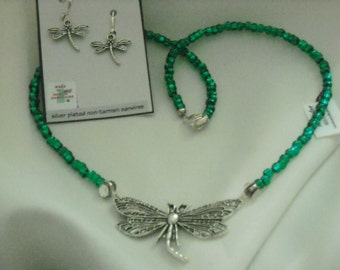 SALE Simple Dragonfly Necklace Set