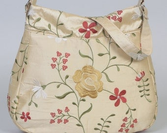 Shoulder Purse/Bag: Gold silk with emobridered flowers