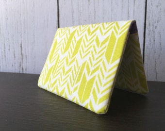 Card Wallet - Lime Green Feathers