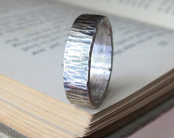 Mens Silver Hammered Band Unique Wedding Band Oxidized Sterling Silver Band in Birch Pattern Woodgrain Band