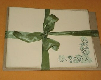 Notecards with Grape Vines Set of 4