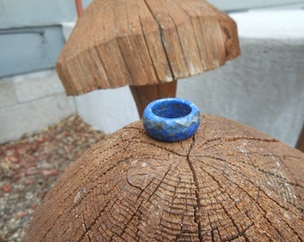 Lapis Lazuli Ring --- Wide  --  FACETED -- US Size  7 1/2 --  Very Elegant