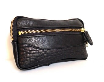 Leather wallet in black // gold