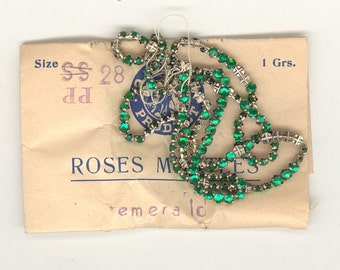 144 Vintage Roses Rose Montees Emerald Size 28PP Silvered Cross Setting 3.5mm Sew Ons