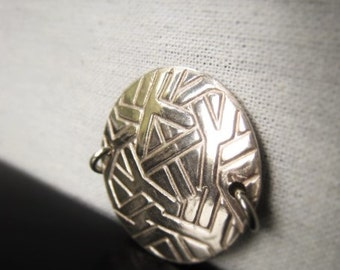 Silver Bracelet Connector Silver Circle Pendant Item No. 8581