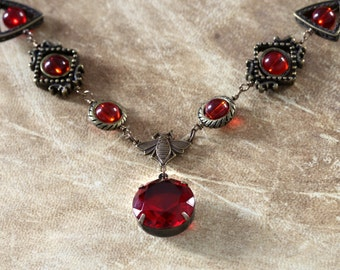 Neo Victorian Jewellery - necklace - Ruby red faceted jewel