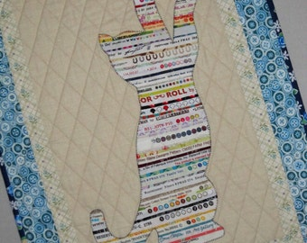 BIG STRETCH Cat Selvage Quilt from Quilts by Elena Wall Hanging Selvages