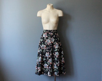 vintage floral aline skirt / black floral midi skirt / xs